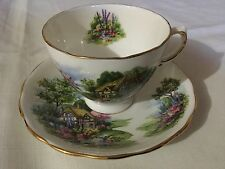 ROYAL VALE BONE CHINA CUP AND SAUCER ENGLAND  WHITE/COTTAGE SCENE