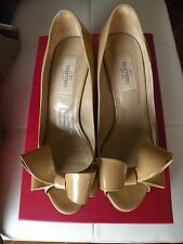 Valentino Nude Bow Heels in size EU 37/ US 6.5, 7