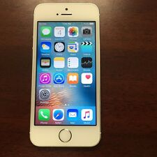 Apple iPhone 5S A1533 - 32GB  - White & Silver (Bell / Virgin) Good Condition