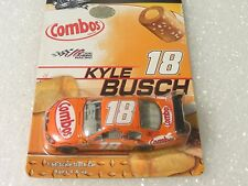 #18 KYLE BUSCH COMBO'S 2009 TOYOTA CAMRY COT HOOD WINNERS CIRCLE 1:64(Retail)