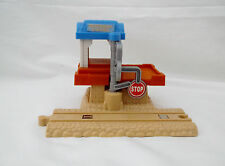 """Thomas the Train """"Suddery Cargo Signal Station"""" Take Along-2004-Learning Curve"""