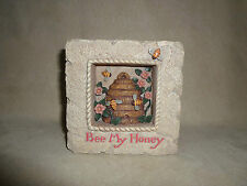 "Enesco Jim Shores Garden Artistry ""Be My Honey"" Resin Bee Hive Plaque~NEW IN BOX"