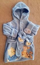 NEW! DISNEY 0-9 MONTH BLUE TERRY CLOTH POOH & TIGGER ROBE & SLIPPERS ADORABLE!