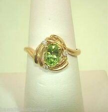 14k Yellow Gold 0.93Cts Oval Cut Peridot Gemstone 0.03Cts Round Diamond Ring 7.5