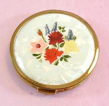 Vintage lovely gold tone hand painted Mascot powder compact - 1950's