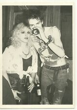 RARE / CARTE POSTALE - SEX PISTOLS : SID VICIOUS & NANCY / COMME NEUF - LIKE NEW