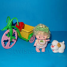 VINTAGE 1983 KENNER STRAWBERRY SHORTCAKE ADA DOLL & SUGAR WOOFER + BERRY-CYCLE
