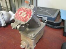 Pyle-National Receptacle w/Base ERRC-23042 30A@120/240V 7A@480V 3W 4P Used