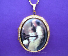 Mom Porcelain MOTHER with DAUGHTER CAMEO Costume Jewelry Locket Pendant Necklace