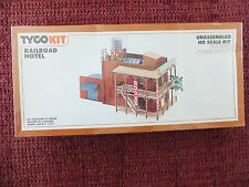 New Tyco HO Scale Kit Railroad Hotel Still in Cellophane Wrap