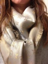 NEW Genuine LOUIS VUITTON Monogram SHINE Beige Gold Lurex Shawl Scarf LV M 75121