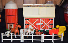 VINTAGE 1967 FISHER PRICE - FAMILY PLAY FARM -  W/BARN, SILO & ACCESSORIES