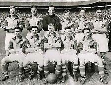 LEEDS UNITED FOOTBALL TEAM PHOTO 1949-50 SEASON