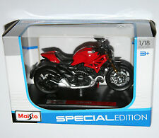 Maisto - DUCATI MONSTER 1200 - Motorbike Model Scale 1:18