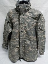 ARMY ISSUE ACU DIGITAL GORE-TEX JACKET COLD/WET WEATHER PARKA LARGE/REGULAR B5