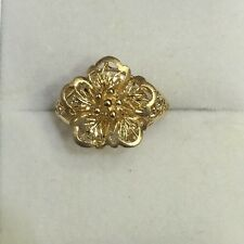 18k Solid Yellow Gold Flower Ring 3.74 Grams Size 7