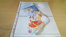 Cross stitch chart christmas stocking graphique seulement santa sleigh ride tableau
