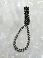 ZP72 Hangman's Knot Noose Hanging Rope Pewter pin badge brooch macabre