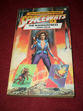 Spaceways #7 : The Manhuntress by John Cleve (1982, papeback) Andrew J. Offutt