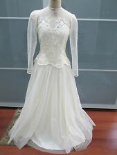 Vintage Ivory Lace Tulle Lined Sheer Sleeve Wedding Dress Size 6