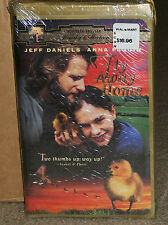 Fly Away Home VHS Clamshell New Sealed