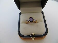 Vintage 70s Solid 14K Yellow Gold Oval Garnet/ Diamond Ring Sz 6 2.99 gr.