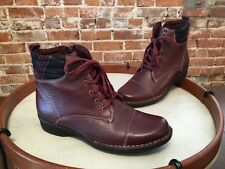 Clarks Burgundy Red Leather Whistle Bea Flannel Detail Ankle Boots 11 W SALE
