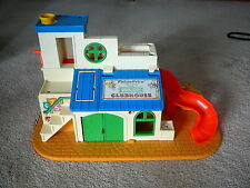 FISHER PRICE Vintage 1976 LITTLE PEOPLE SESAME STREET CLUBHOUSE BUILDING ONLY GD