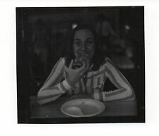 Vintage Photo Pretty Young Woman Eating Pizza, 1970's, Jun