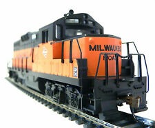 HO Scale Model Railroad Trains Milwaukee Road GP-9 DC Locomotive with Flywheel