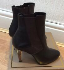 FENDI Dark Brown Leather Wood High Heels Ankle Boot Booties Size 36.5/4