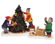 LEMAX SANTAS WONDERLAND ELVES DECORATING LIGHTED CHRISTMAS TREE LOT 238 NIB
