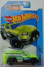 2015 Hot Wheels HW CITY Rescue Duty 46/250 (Green Version)