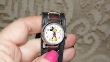 VINTAGE INGERSOLL WIND UP WALT DISNEY MICKEY MOUSE WATCH LEATHER BAND WORKS!