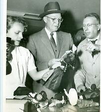 July 20, 1955 President Eisenhower BUYS DOLLS For Grandchildren GENEVA