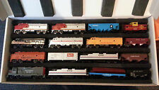 Bachmann Model Train Set in Axion Technology Carry Case HO Scale 16 cars
