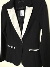 Dotti BRAND NEW Black Blazer Jacket Size 6