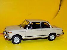 BMW 2002tii SAHARA BEIGE  KYOSHO  08541BG  1:18