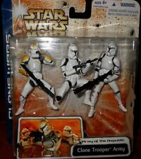 Hasbro STAR  WARS  CLONE TROOPER  ARMY (yellow) of  the REPUBLIC  ACTION  FIGURE