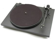 Pro-Ject (Project) Essential 2 Turntable - Black