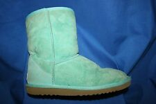 UGG AUSTRALIA~TEAL GREEN~SHEARLING~CLASSIC SHORT 5825~BOOTS~WOMENS SIZE 6