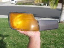 1986-1987 Toyota Celica RIGHT front turn signal assembly corner light blinker