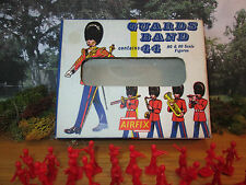 9FP VINTAGE RARE EARLY AIRFIX #51  GUARDS BAND COMPLETE