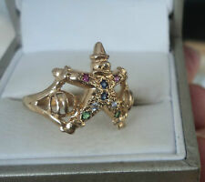 Attractive UNUSUAL 9ct Yellow Gold + Ruby Clown Ring  -  size N