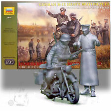 ZVEZDA 1/35 BMW R-12 MOTORCYCLE W RIDER AND OFFICER