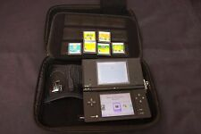 Black Nintendo DSi w/ 6 Games Charger and Carrying Case Lot