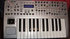 Novation X-station Vintage Synthesizer Midi Controller Audio interface Fatar