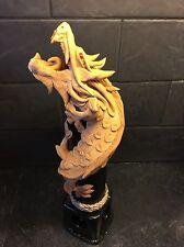 Mano tallada y pintada en Tailandia Dragón Quemador de incienso.