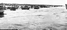 6x4 Gloss Photo ww948 Normandy D-Day Beach Chars Sherman Dd