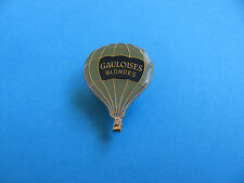 Gauloises Blondes Cigarettes Hot Air Balloon Pin badge. Enamel. Good Condition.